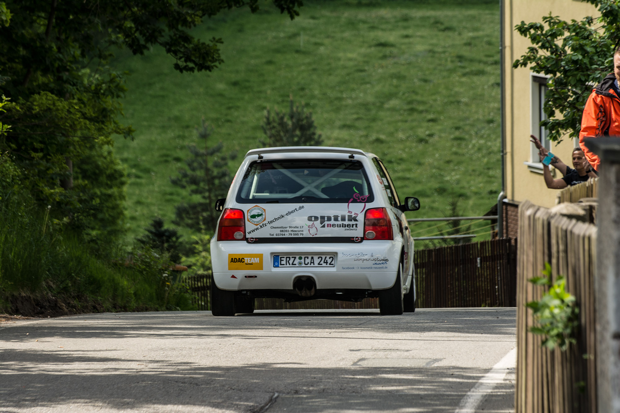 AvD-Sachsen-Rallye 2016 Tina Wiegand und Monique Voigt auf ihrem VW Lupo GTI