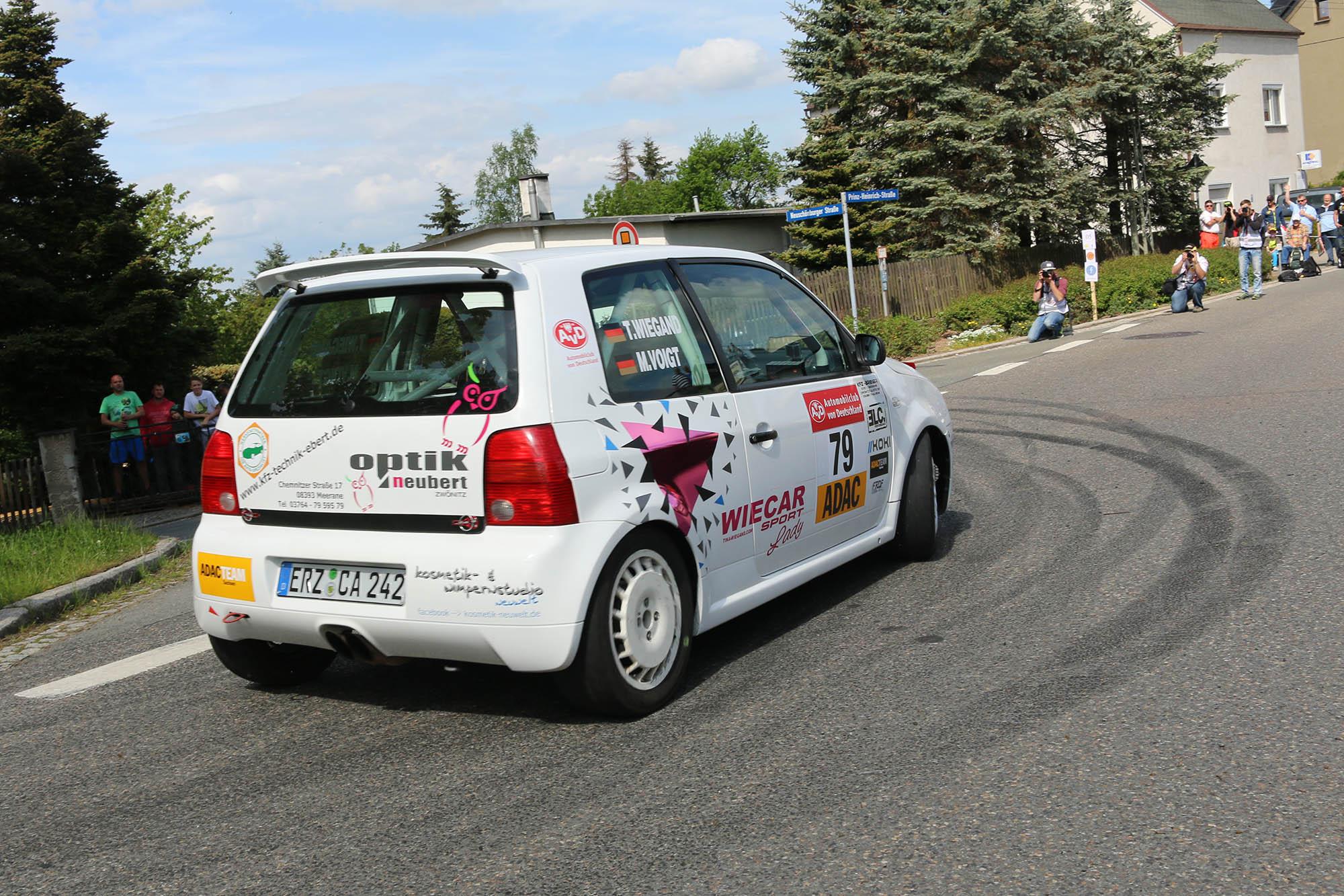 AvD-Sachsen-Rallye 2016 Tina Wiegand und Monique Voigt mit ihrem VW Lupo GTI
