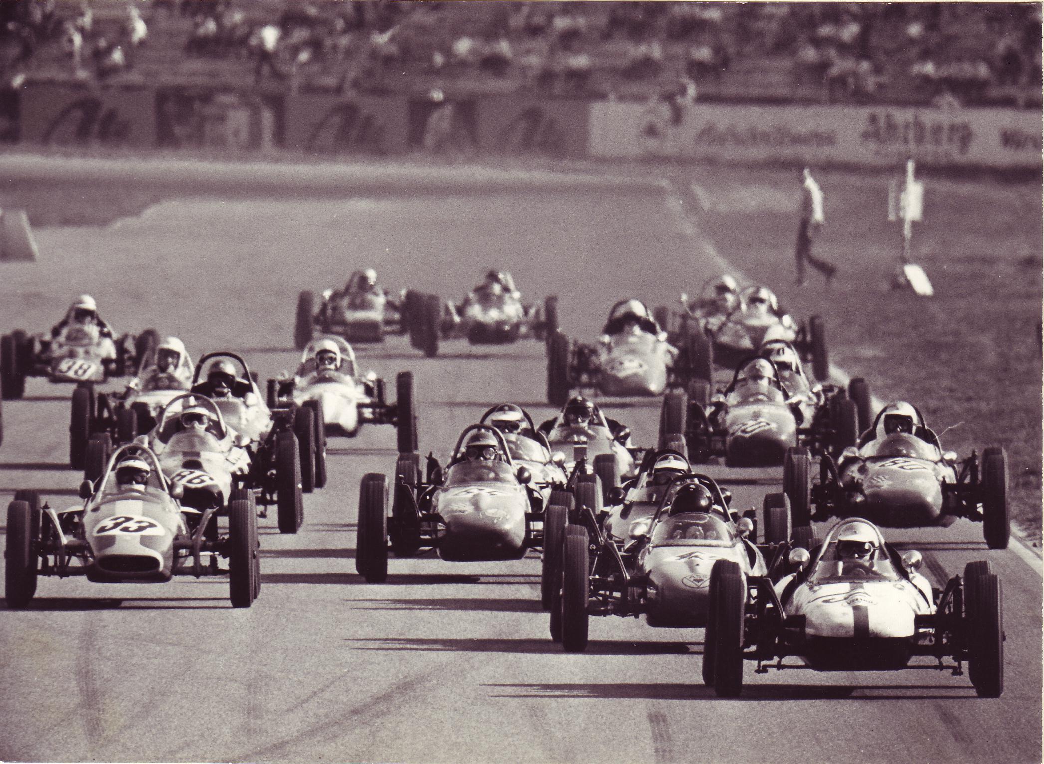 Formel VAU startet zur ADAC Sachsenring Classic 2017