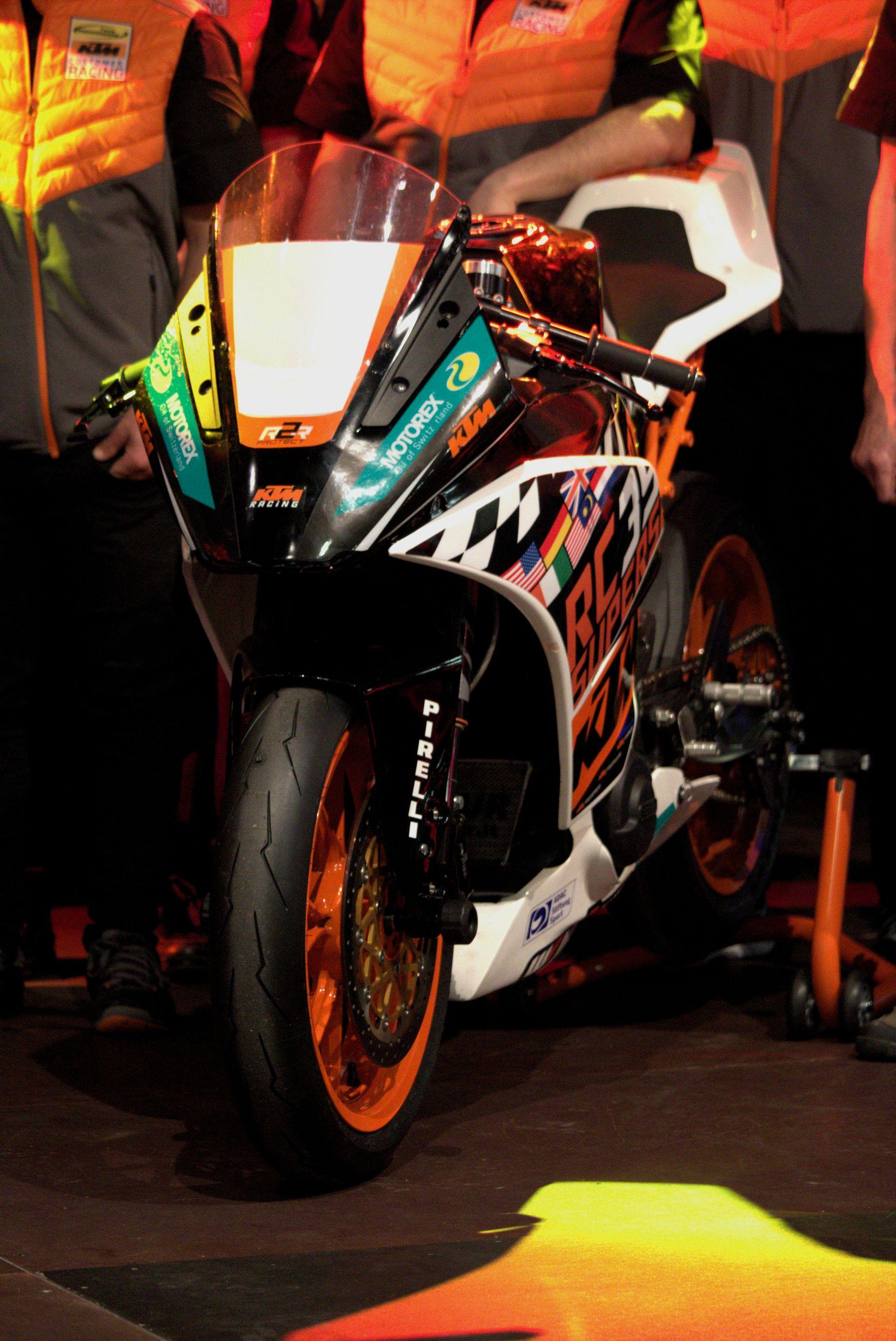 KTM RC 390 R - Freudenberg KTM World SSP Team auf der Sachsenkrad 2018