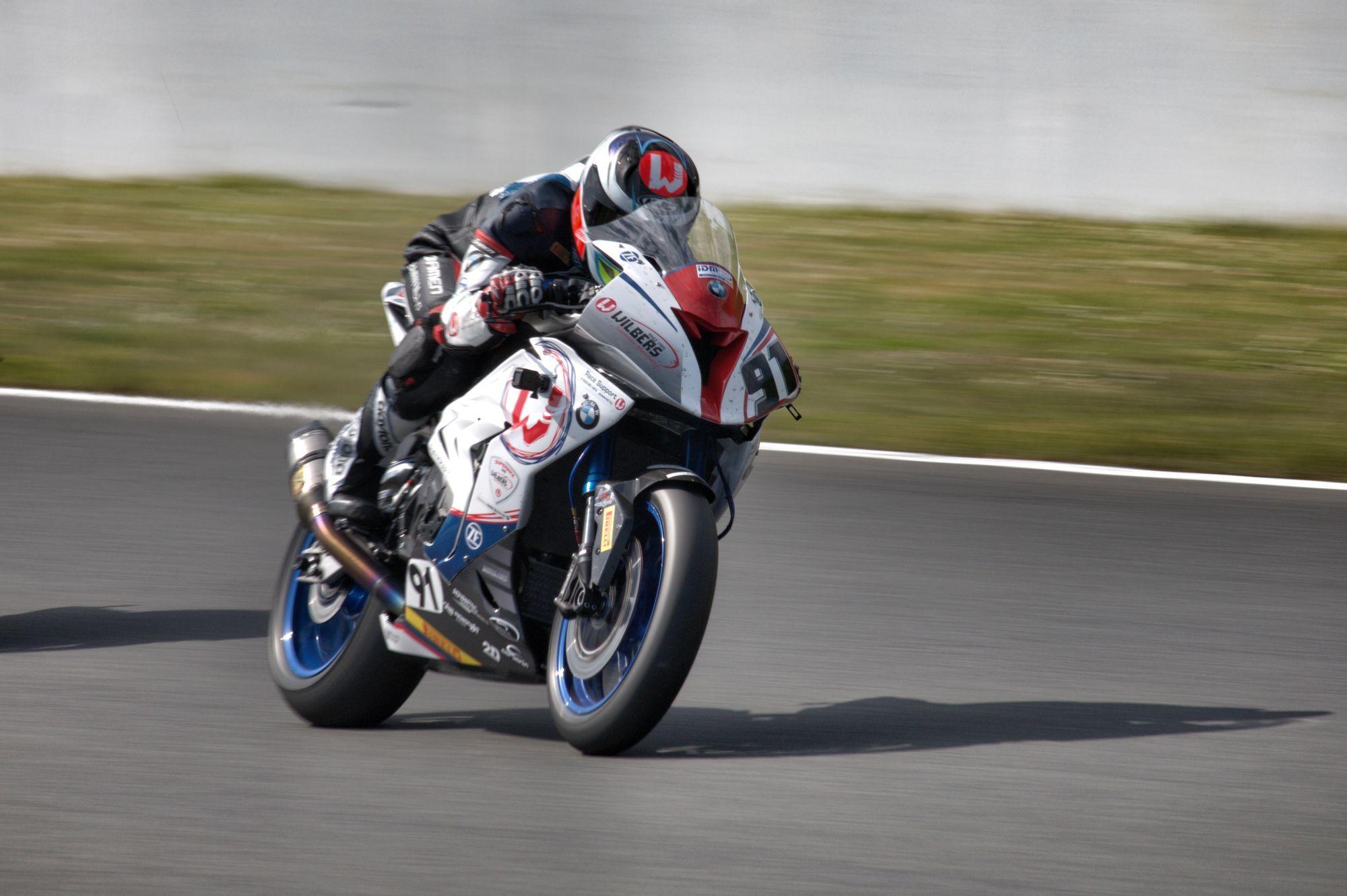 Bastien Mackels, - Wilbers-BMW-Racing - IDM Superbike