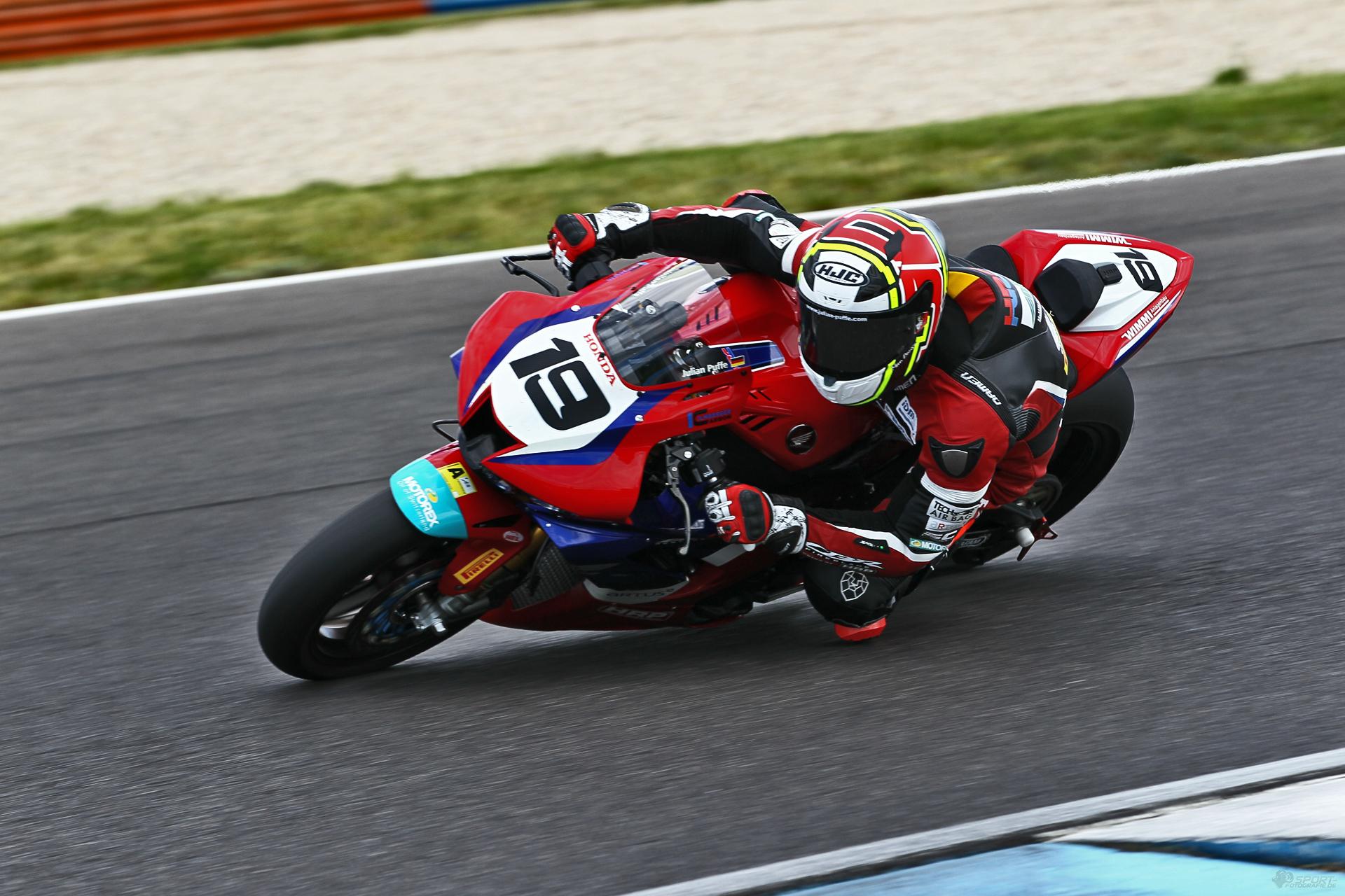 Neue Honda, neue Abstimmungen - alte Leidenschaft. - Foto: ©Julian Puffe/HRP - Holzhauer Racing Promotion